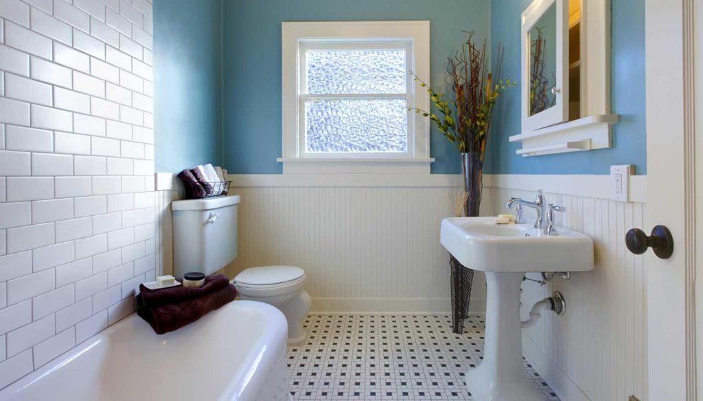 Kylpyhuoneen remontointi onnistuu myös.